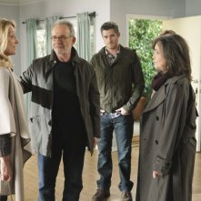 Patricia Wettig, Ron Rifkin, Dave Annable e Sally Field in Thanks For The Memories di Brothers & Sisters