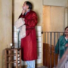 Fabrice Luchini con Carmen Maura in una scena della commedia Les femmes du 6ème étage