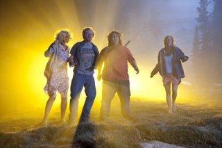Blythe Danner, Nick Frost, Simon Pegg e Kristen Wiig nel film Paul
