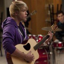 Chord Overstreet in una scena dell'episodio Comeback di Glee