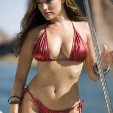La bella Kelly Brook nel film Piranha 3D di Alexandre Aja