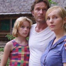Nadja Uhl con Thomas Kretschmann nel film Dschungelkind
