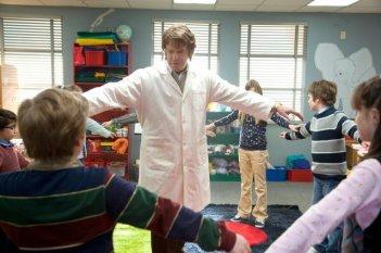 John Noble in un momento dell'episodio Subject 13 di Fringe