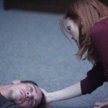 Julianne Moore e Jonathan Rhys Meyers in un momento del film Shelter