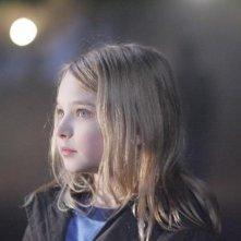 La piccola Brooklynn Proulx nel film Shelter