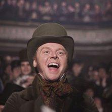 Simon Pegg in una scena del film Burke and Hare