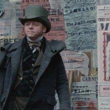 Simon Pegg in una sequenza del film Burke and Hare