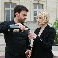 Xavier Gallais e Mélanie Laurent nel film Requiem pour une tueuse
