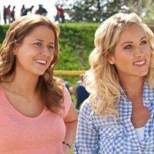 Jenna Fischer con Christina Applegate nel film Hall Pass