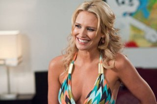 La biondina Nicky Whelan nel film Hall Pass
