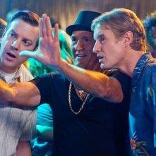 Richard Jenkins tra Jason Sudeikis e Owen Wilson nel film Hall Pass