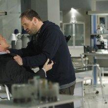 Stephen Collins ed Ethan Suplee nell'episodio No Ordinary Double Standard di No Ordinary Family