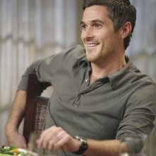 Dave Annable in un momento dell'episodio Safe at Home di Brothers & Sisters
