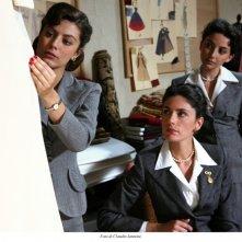 Federica De Cola, Anna Valle ed Alessandra Mastronardi in una scena della fiction Atelier Fontana - Le sorelle della moda