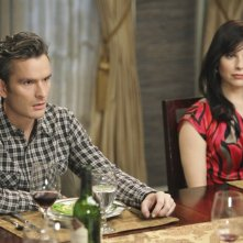 Tommy (Balthazar Getty) e Rose (Cara Buono) nell'episodio Safe at Home di Brothers & Sisters