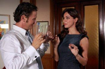 Enzo Salvi e Melita Toniolo in una sequenza di Una cella in due