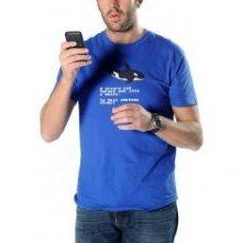 Chris O'Dowd è Roy in una immagine promozionale della stagione 4 di IT Crowd