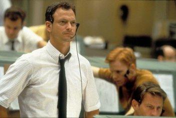 Gary Sinise in una scena del film Apollo 13 (1995)