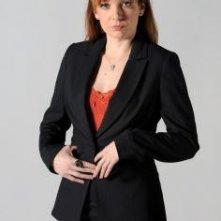 Katherine Parkinson è Jen in una foto promozionale della stagione 4 di IT Crowd