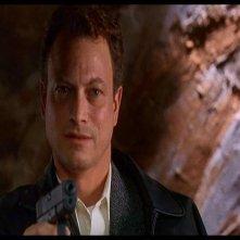 Gary Sinise in una scena del film Ransom (1996)