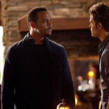 Il Dott. Martin (Randy J. Goodwin) e Stefan (Paul Wesley) nell'episodio The House Guest di Vampire Diaries