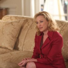 Virginia Madsen nell'episodio And Then There Were More di The Event
