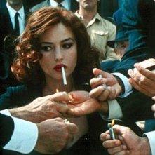 Monica Bellucci è la desideratissima Malèna nel film di Giuseppe Tornatore.