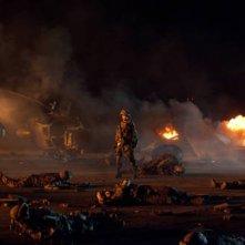 Michelle Rodriguez in una scena del film Battle: Los Angeles