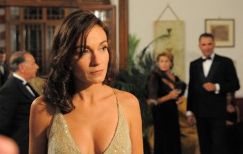 Stefania Rocca in una scena del film tv Edda Ciano e il comunista