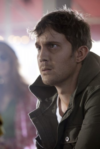 Sam Huntington in una scena del film Dylan Dog