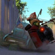 Sfida tra Gnomeo e Tebaldo nel film Gnomeo & Juliet