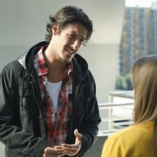 Kay Panabaker ed Eric Balfour in una scena dell'episodio No Ordinary Animal di No Ordinary Family