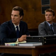 Matthew McConaughey e Ryan Phillippe in una scena di The Lincoln Lawyer
