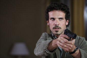 Francesco Montanari in azione in Sotto il vestito niente - L'ultima sfilata