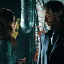 Tess (Cassidy Freeman) faccia a faccia con Luthor (John Glover) nell'episodio Scion di Smallville