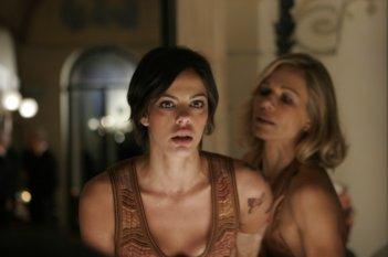 Virginie Marsan e Claudine Wilde nel thriller Sotto il vestito niente - L'ultima sfilata