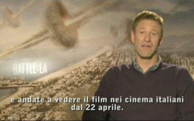 World Invasion - Trailer Italiano 2 con saluto di Aaron Eckhart