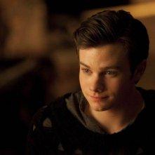 Chris Colfer nell'episodio La nostra canzone di Glee