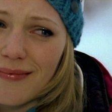 Emma Bell in una scena del film Frozen