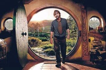 Il regista Peter Jackson sul set del doppio film The Hobbit