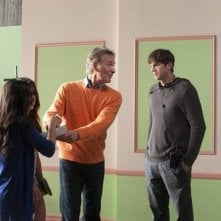 Ashton Kutcher con Kevin Kline nella commedia No Strings Attached