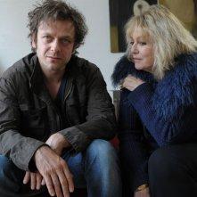 Jonathan Zaccaï e Mylène Demongeot in una scena di Si tu meurs, je te tue