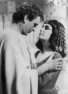 Elizabeth Taylor E Richard Burton In Cleopatra 197464