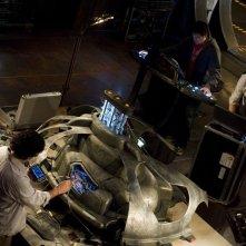 David Blue, Peter Kelamis e Patrick Gilmore dall'alto nell'episodio Deliverance di Stargate Universe