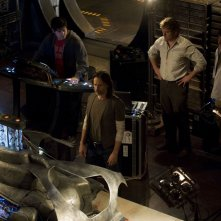 David Blue, Robert Carlyle, Peter Kelamis e Patrick Gilmore nell'episodio Deliverance di Stargate Universe