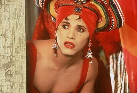 John Leguizamo E Chi Chi Rodriguez Nel Film A Wong Foo Grazie Di Tutto Julie Newmar 198125