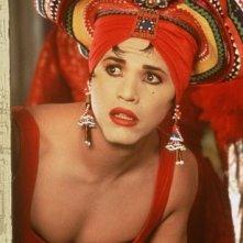 John Leguizamo è Chi-Chi Rodriguez nel film A Wong Foo, grazie di tutto! Julie Newmar