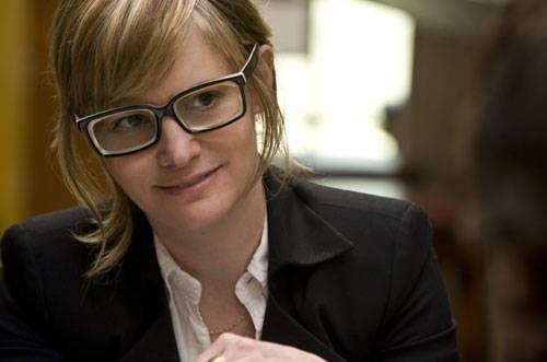 Jennifer Jason Leigh in una scena di Greenberg