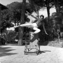 Walter Chiari a Fregene nel 1959 - tratta dal libro Walter Chiari, un animale da palcoscenico di Michele Sancisi, Mediane editore