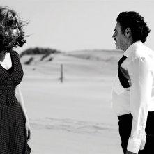 Anna Mouglalis con José Garcia nella commedia Chez Gino